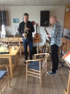 Morten og Hans spiller på P. Mauriat altsaxofonen PMXT-66RUL